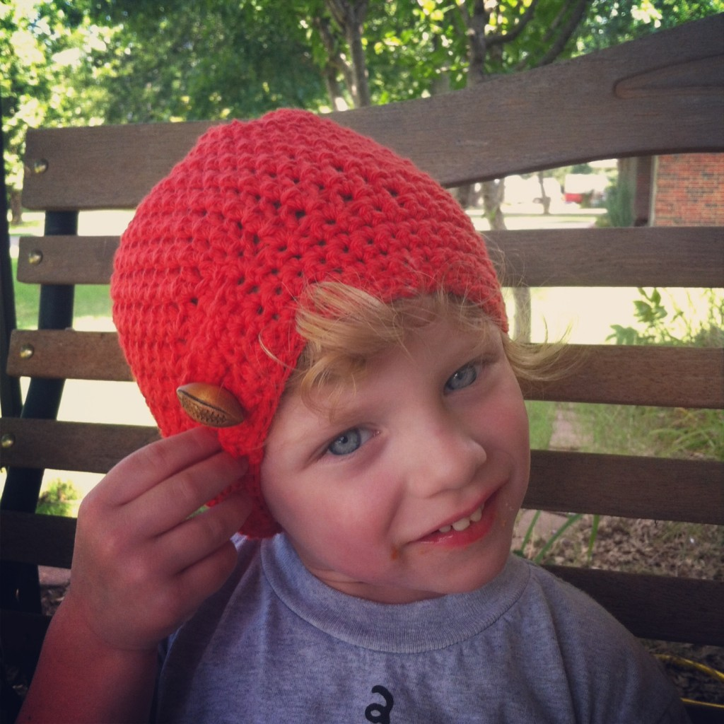Mini tab slouch hat Football
