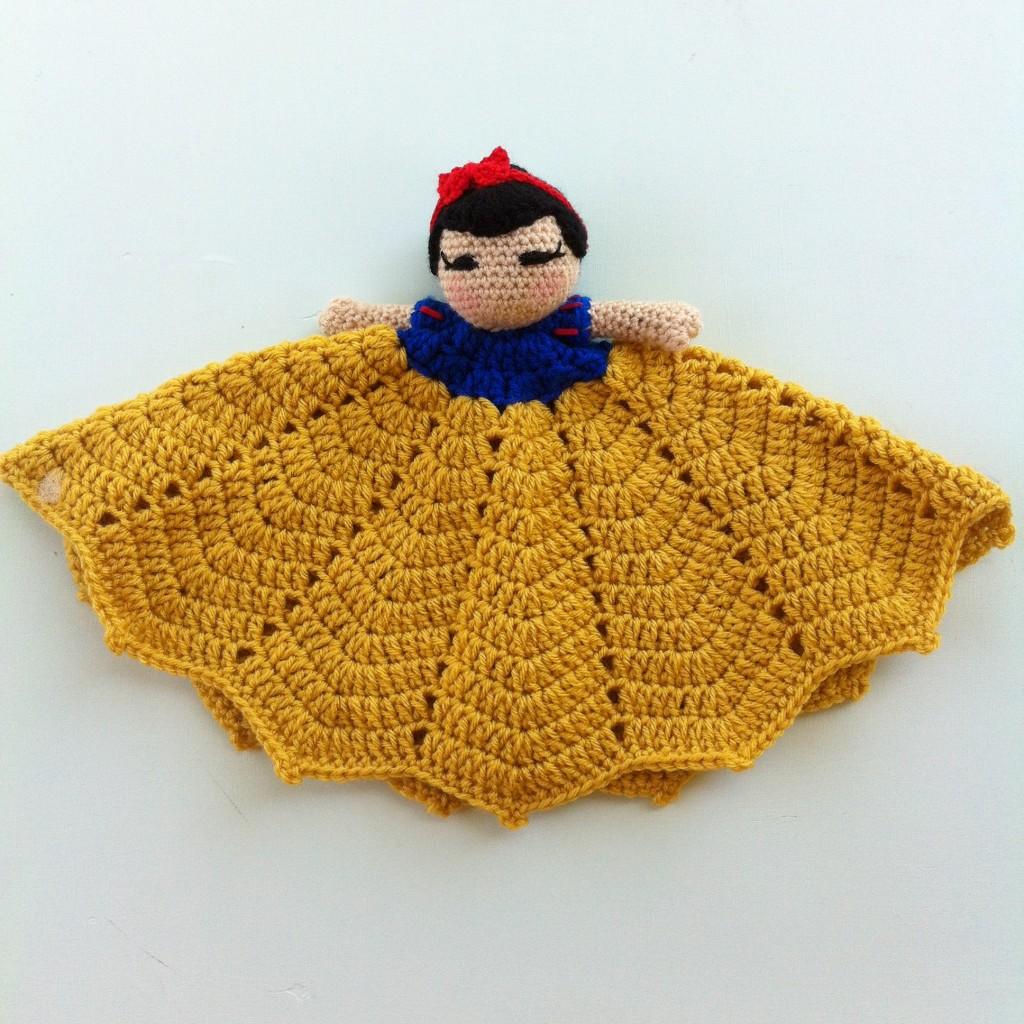 Snow White Lovey By OIkos Handmade